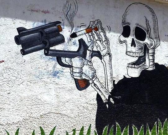GUN-BALD-CIGARETS-MAN